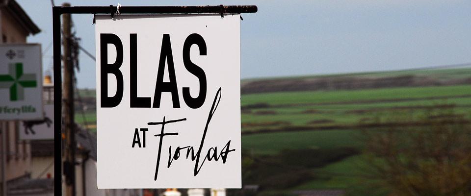 Sign outside Blas